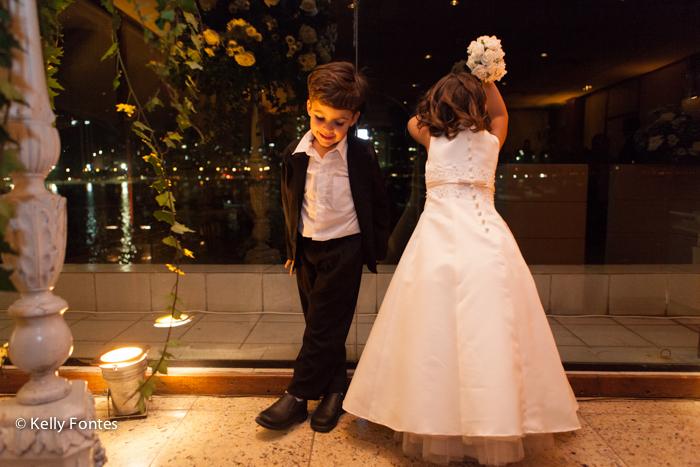 Fotos de casamento RJ fotojornalismo de casamento dama e pajem Real Astoria