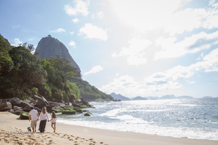 foto gestante RJ praia gravida Erika por Kelly Fontes