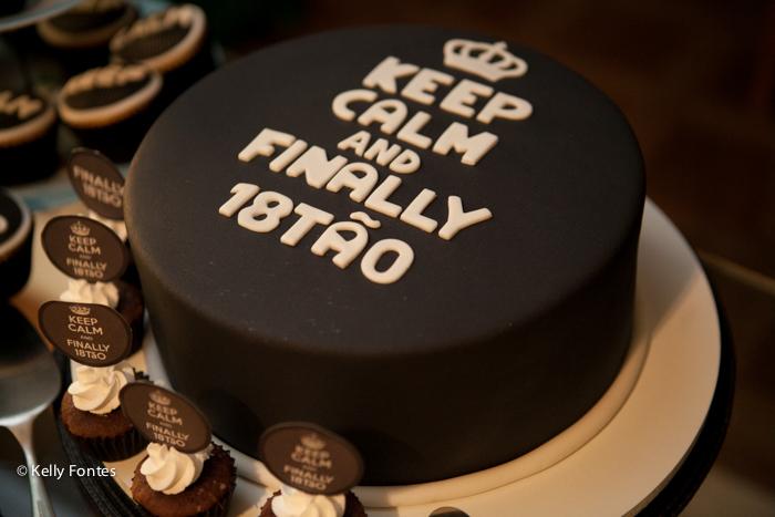 Fotos festa de 18 anos aniversário surpresa mauricio bolo