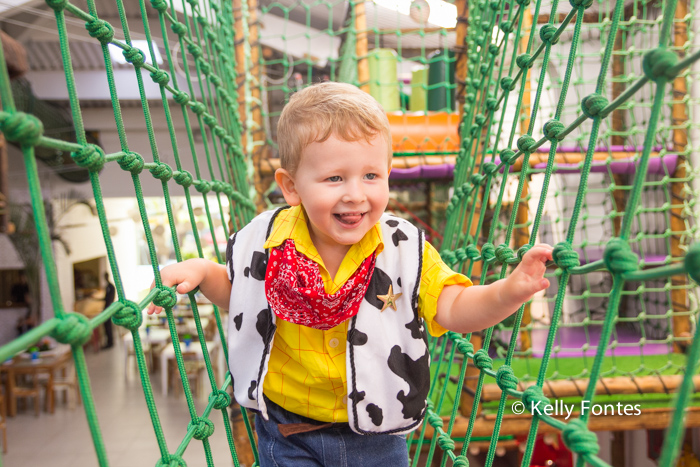 foto de festa infantil rj Bento 3 anos toy story brinquedos fotografia por Kelly Fontes