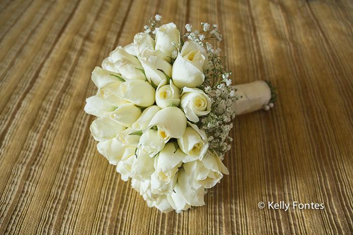 Fotos Casamento RJ buque da noiva Adriana por Kelly Fontes Fotografia