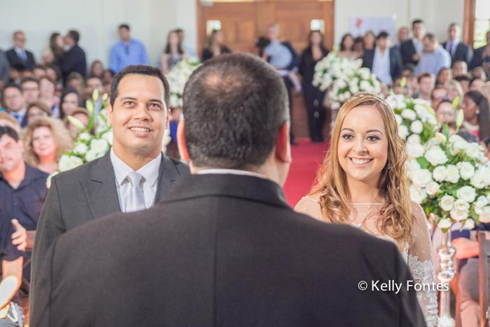 Fotografia Casamento RJ os noivos Igreja Jardim das Orações por Kelly Fontes Santa Teresa
