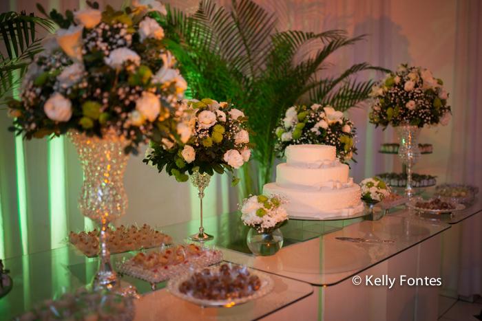 Fotografia festa de aniversário RJ 50 anos Raquel STVIP Mesa do bolo decoração