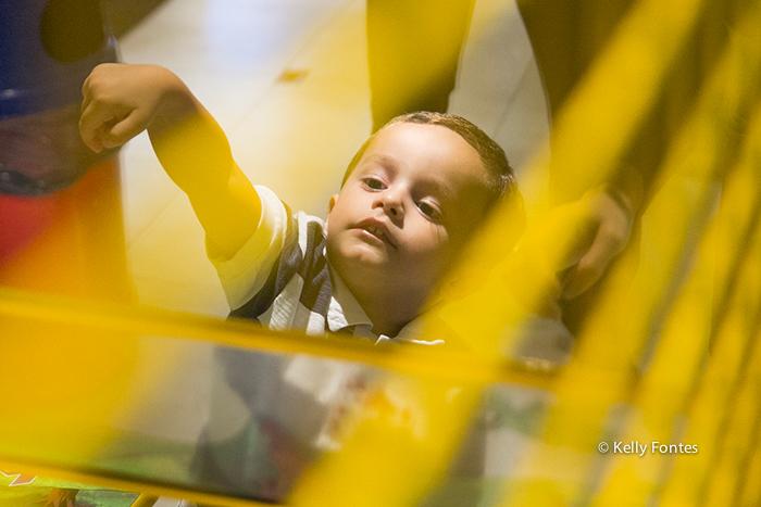 Foto festa infantil RJ Liga da Justiça por Kelly Fontes Fotografia criança brincando