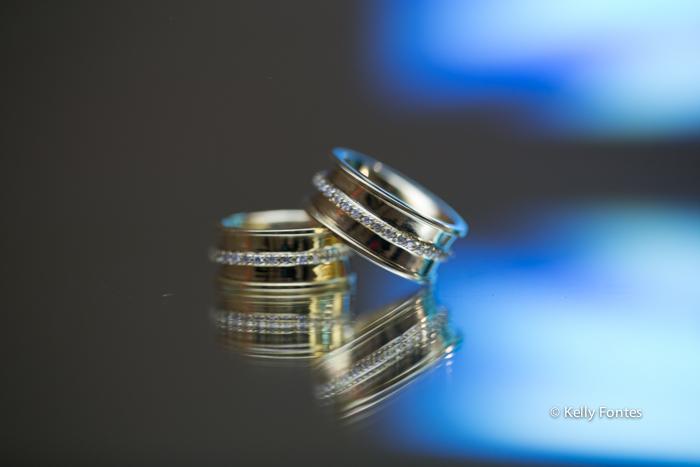 Fotos aliança de Casamento RJ alinaças noivos making of barra por Kelly Fontes