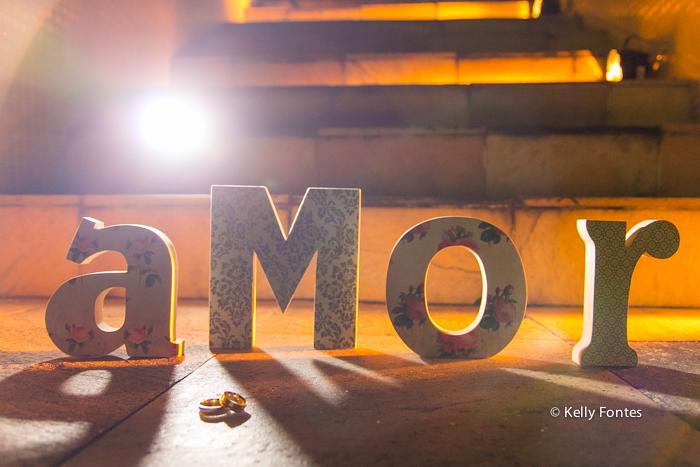 Fotografia Casamento RJ aliança dos noivos Igreja Nossa Senhora das Gracas Capela Botafogo por Kelly Fontes