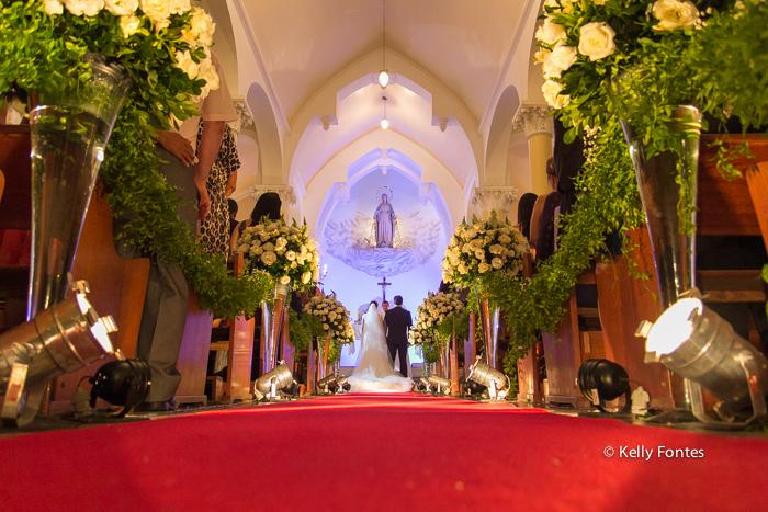 Fotografia Casamento RJ noiva e noivo Igreja Nossa Senhora das Gracas Capela Botafogo por Kelly Fontes