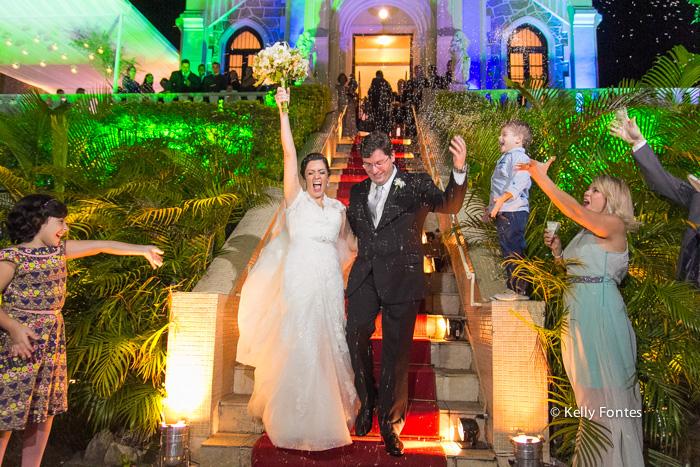 Fotografia Casamento RJ noivos casados Igreja Nossa Senhora das Gracas Capela Botafogo por Kelly Fontes