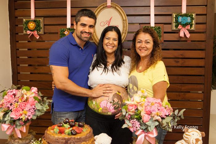fotos cha de bebe RJ cha de fraldas Ana Clara padrinho e vovó pintura na barriga da gravida