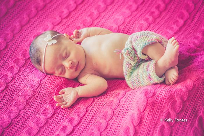 Fotografia Newborn RJ por Kelly Fontes fotos bebe recem nascido menina