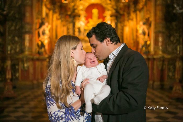 Fotos Batizado RJ Mosteiro de Sao Bento fotografia Batismo mãe e pai por Kelly Fontes