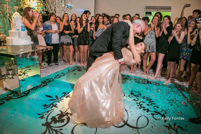 Fotos festa de 15 anos RJ fotografia debutante valsa com o pai Book por Kelly Fontes
