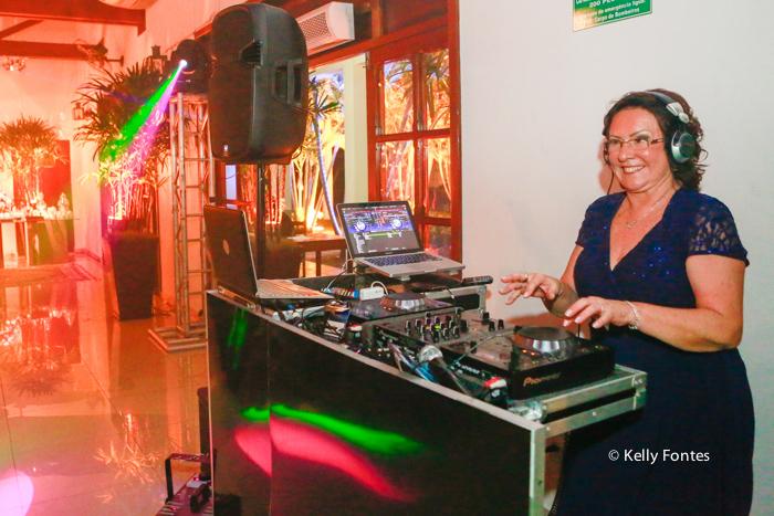 fotos festa aniversario rj dj Clube da Aeronautica Barra da Tijuca na mesa do som