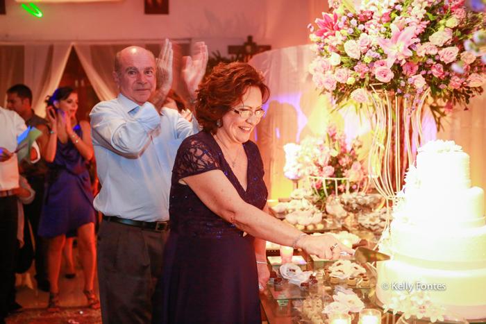 fotos festa aniversario rj cantando parabens na mesa do bolo Clube da Aeronautica Barra da Tijuca