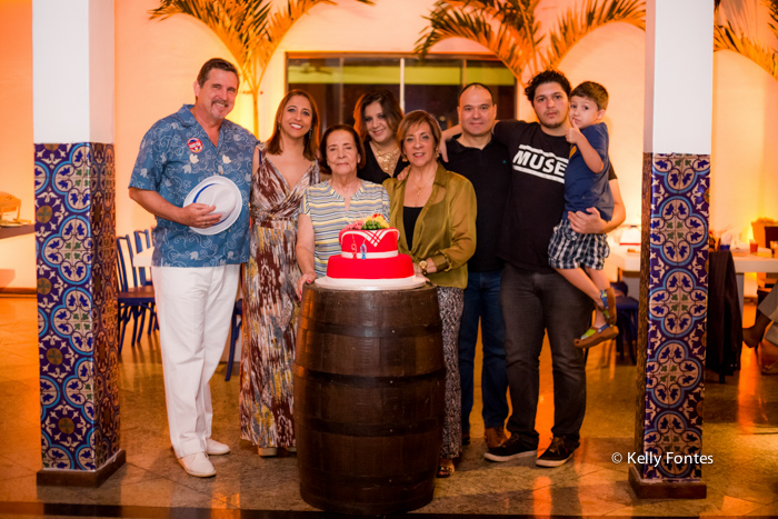 Fotos festa aniversario RJ tema Boteco Marfisa e familia samba na Cogal