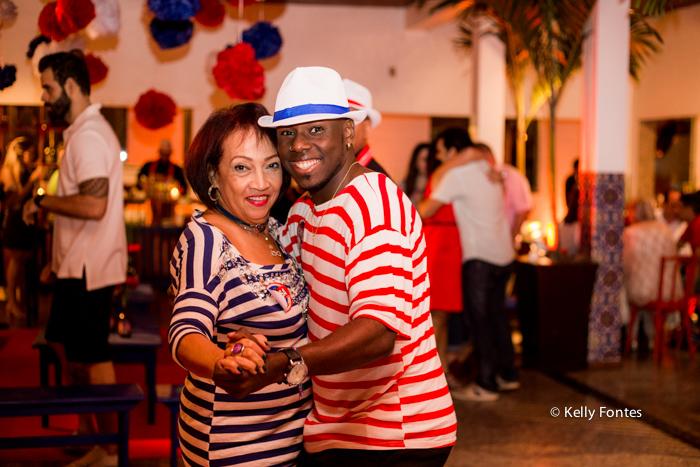 Fotos festa aniversario RJ tema Boteco Marfisa gafieira samba na Cogal
