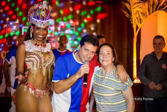 Fotos festa de aniversario RJ Boteco Marfisa Escola de Samba União da Ilha do Governador e mulatas