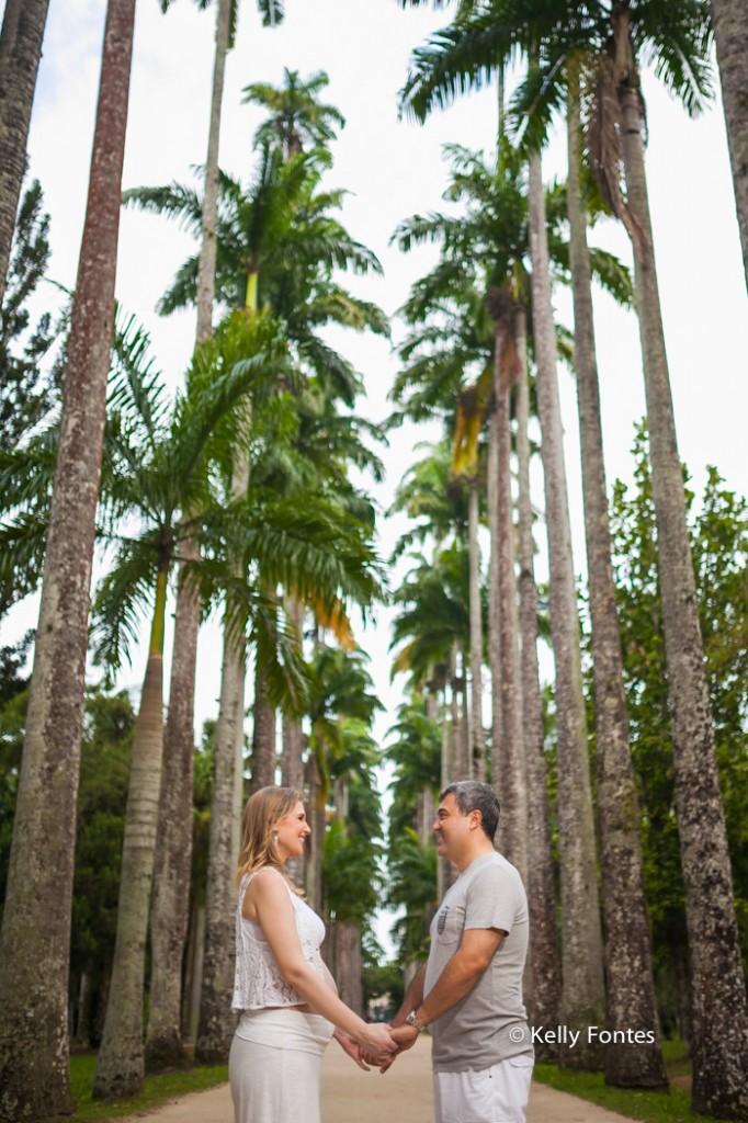 book gestante rj jardim botanico rio de janeiro ensaio gravida Ana com marido fotografia palmeiras parque