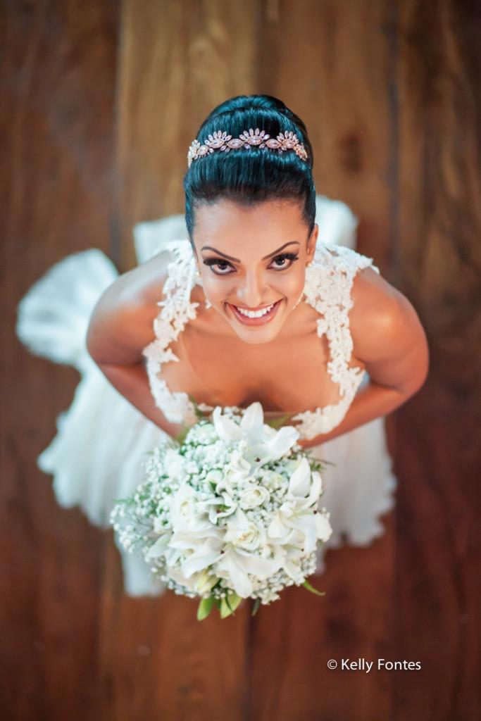 fotografia de casamento rj making of da noiva La Suite By Dussol Joa com buque