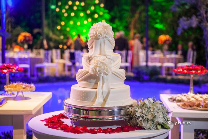 Fotografia Casamento RJ mesa do bolo casal garcia piscina quinta do chapecó alto da boa vista rj