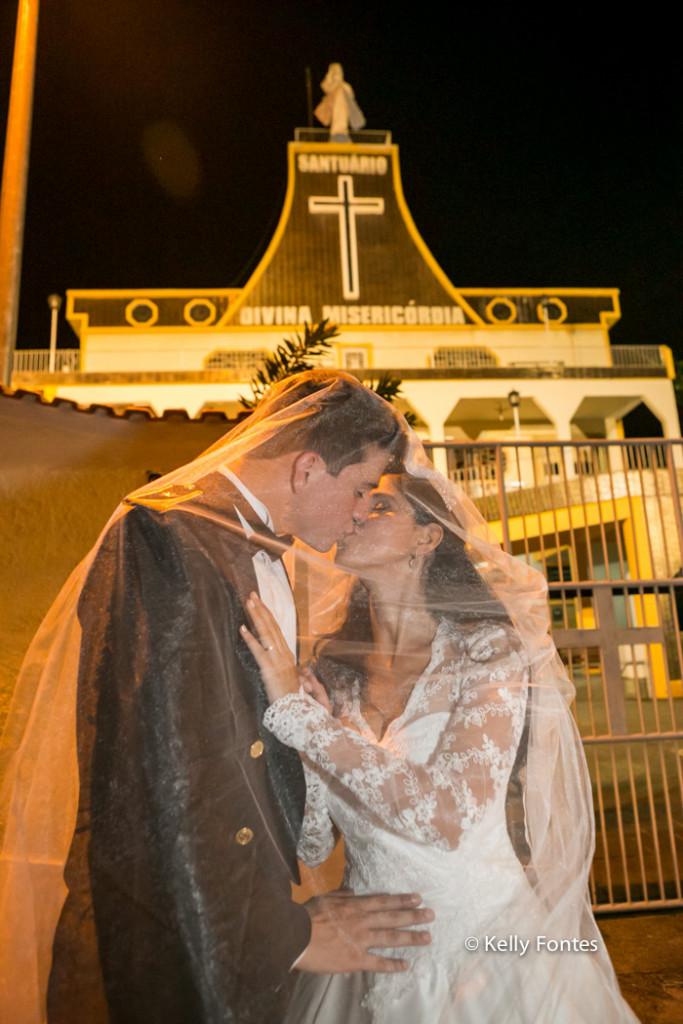 fotos casamento militar rj beio dos noivos recem casados teto de aço