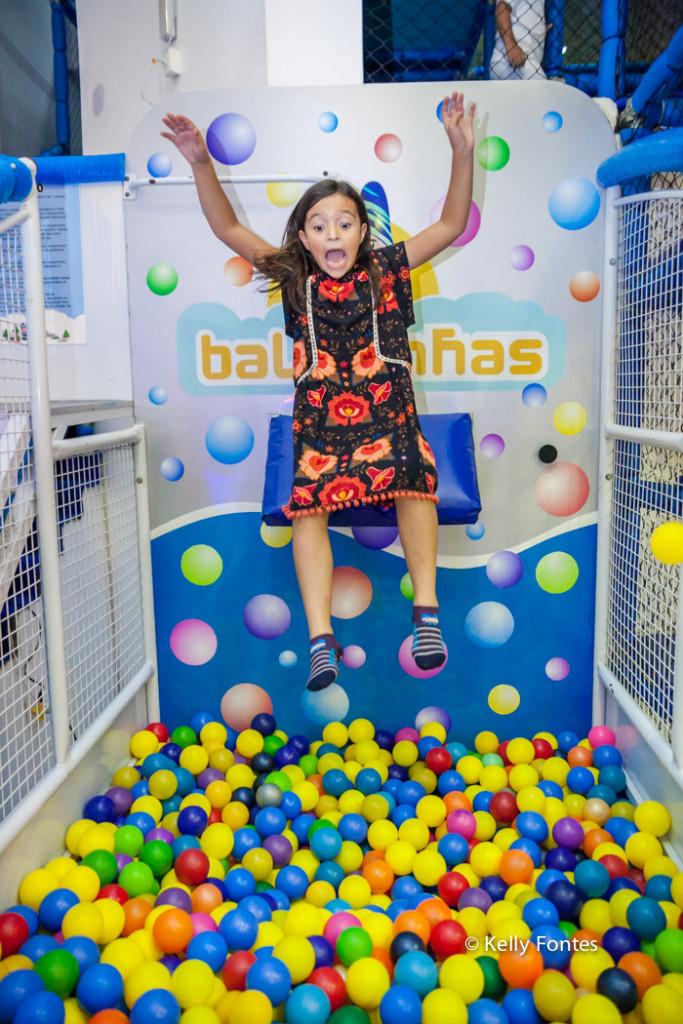 Fotos Festa Infantil RJ na piscina de bolas casa de festas baladinhas por kelly fontes fotografia