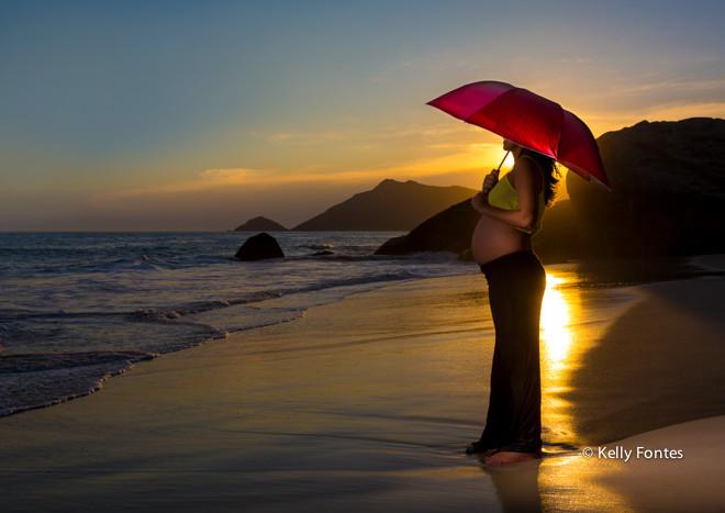 Book gestante – RJ – Pôr do sol na praia – grávida Danielle esperando o Bruno