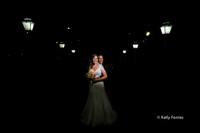 Fotos Casamento RJ Noivos recém casados após cerimônia religiosa católica ensaio fotografia Kelly Fontes