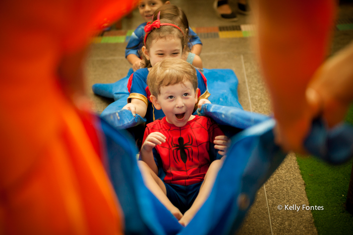 fotos festa infantil rj homem aranha 4 anos escorrega casa de festas aldeia barra